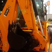 jcb_3cx_backhole_2008_L_2